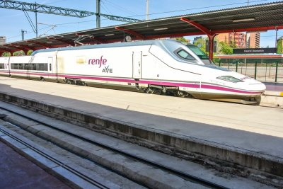 Renfe AVE 2