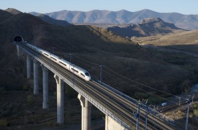AVE Renfe viaducto Purroy
